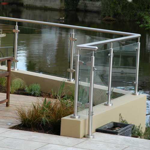 Riverside Garden Design in West London - Kiwi Landscapes