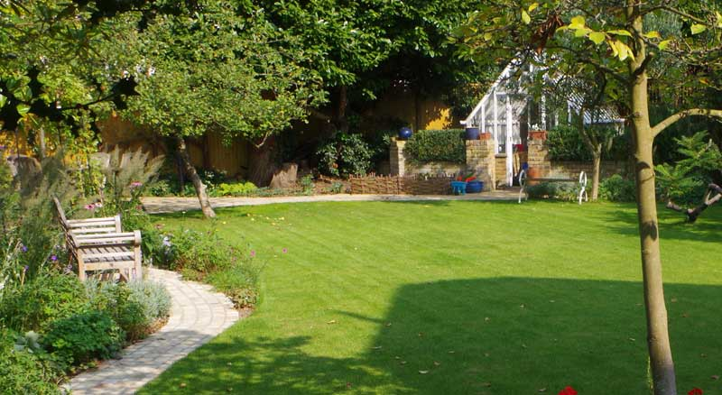 Turfing & Artificial Lawns